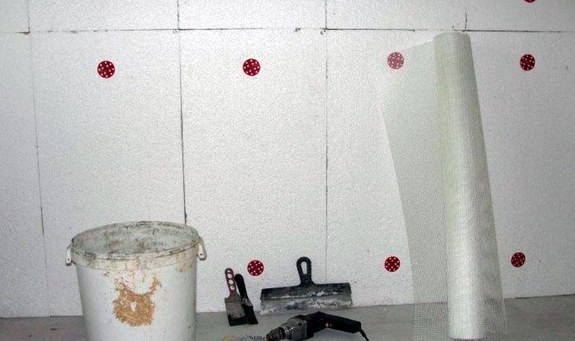 неправильная звукоизоляция стены пенопластом